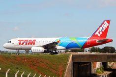 Airbus A320 da Tam com a identidade visual dos Jogos Olímpicos do Rio de Janeiro (Gabriel Melo/Tam) Tam Airlines, Airbus A320, South America, Caribbean, Aviation, Aircraft, Gabriel, Rio, Vehicles