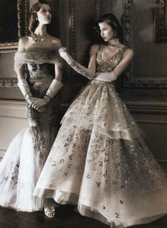 Frida Gustavsson and Karlie Kloss styled by Tonne Goodman as socialite heiresses, photographed by David Sims for Vogue's tribute to American style throughout the ages
