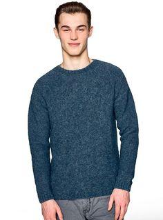 #clothesforhumans #Benetton #FW16 #collection #trend #fashion #man #knitwear #blue
