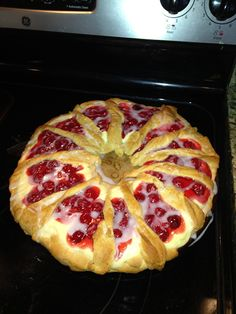 Cherry Cheese Ring - I want to try this with other fruits, too!  Soooooo good.
