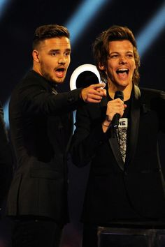 "Louis Tomlinson and Liam Payne  (""That's right we won a grammy! Take that Leonardo DiCaprio!"")"