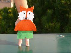 """Marionetta in feltro rigido e pannolenci della serie """"animali"""" (volpe) per divertirti con i tuoi bimbi! Creazioni fatte a mano."""