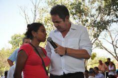 La noche del arco iris: Gobierno entregó viviendas gratuitas en La Guajira...