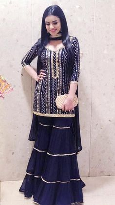 Party Wear Indian Dresses, Designer Party Wear Dresses, Indian Gowns Dresses, Dress Indian Style, Indian Fashion Dresses, Indian Wedding Outfits, Indian Outfits, Fashion Outfits, Indian Fashion Trends