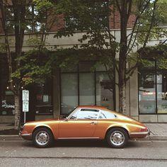 Porsche / photo by Steven Anderson www.romeoauto.it #romeoauto #automobile #auto #car #motors #vintagecars #oldcars