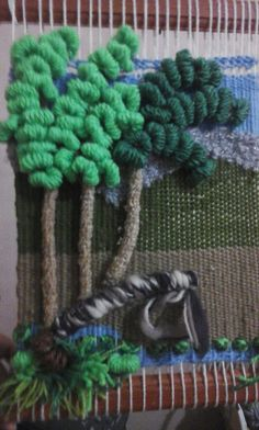 Weaving Art, Loom Weaving, Diy And Crafts, Arts And Crafts, Rug Hooking, Woven Rug, Lana, Textiles, Tapestry