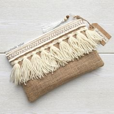 Boho clutch with handmade fringe Boho Clutch, Pochette Diy, Diy Purse, Boho Diy, Handmade Bags, Handmade Clutch, Linen Fabric, Bag Making, Purses And Handbags