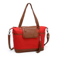A designer diaper bag by Lily Jade will accompany you on your journey through motherhood and beyond. Our innovative designer diaper bags are meticulously crafted in the USA from superior leathers and lined with a soft durable cotton canvas.