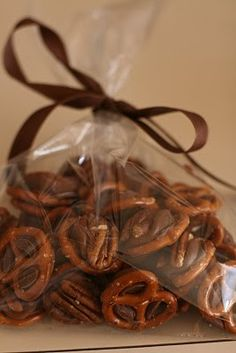 Pecan Rolo Pretzels...my sister-in-law made these.....YUMMY!!!