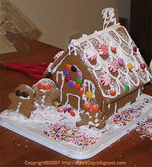 Tips for decorating gingerbread houses!