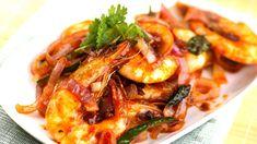Check out this recipe! Prawn Recipes, Seafood Recipes, Cooking Recipes, Cat Recipes, Spicy Prawns, Appetizer Salads, Dinner Salads, Saucy Shrimp Recipe, Kitchens