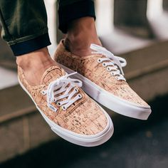 "#copordrop?: @vans 2015 summer Authentic ""Cork"""