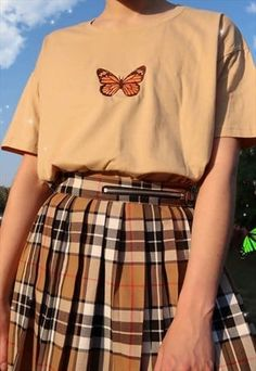 Indie Outfits, Teen Fashion Outfits, Retro Outfits, Cute Casual Outfits, Vintage Outfits, Girl Outfits, T Shirt Fashion, Punk Fashion, Lolita Fashion