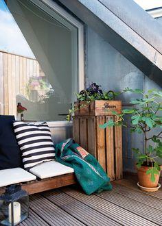 http://www.boligliv.dk/indretning/indretning/vintagestil-pa-torreloftet/