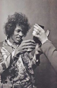 Who is the fairest of them all? Pretty Jimi!