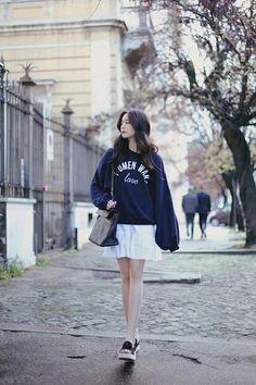 daily 2018 feminine& classy look Cute Asian Fashion, Korean Girl Fashion, Korean Fashion Trends, Korean Street Fashion, Ulzzang Fashion, Kpop Fashion, Kawaii Fashion, Daily Fashion, Teen Fashion