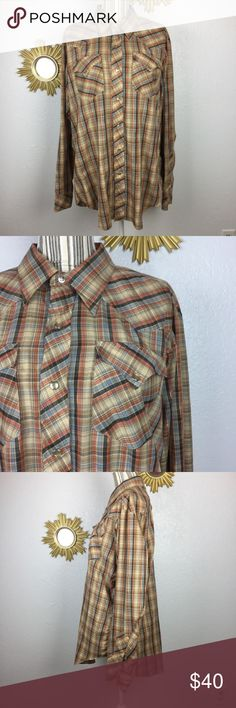 "Vintage Men's H Bar C Plaid Rockabilly Button Up Size- 17-36  Condition- Minimal signs of wear/ age. See pictures.  Measurements: Shoulder to shoulder- 19"" Armpit to armpit- 49"" Shoulder to hem- 28"" Sleeve length- 26"" Sleeve cuff- 9"" H Bar C Shirts Dress Shirts"