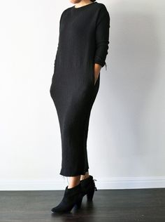 Long Quilt Dress in Black