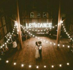 Love everything except the 'let's dance' lighting!