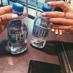 Fiji water is the best water Remember that Love Eat, I Love Food, Yummy Drinks, Healthy Drinks, Healthy Meals, Rich Cars, Ft Tumblr, Fiji Water Bottle, Eat To Live