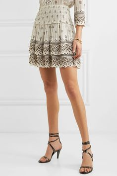 Find and compare Andora tiered embellished printed cotton-gauze mini skirt across the world's largest fashion stores! Isabel Marant, Bohemian Pattern, Models, Fashion Outfits, Womens Fashion, Printed Cotton, Sequin Skirt, Mini Skirts, Style Inspiration