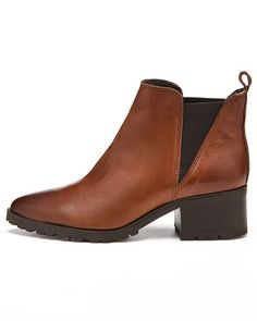 AMUST Caspa saappaat Chelsea Boots, Ankle, Shoes, Fashion, Moda, Zapatos, Wall Plug, Shoes Outlet, Fashion Styles