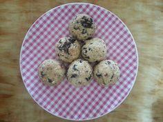 (raw food) cashew nut  chocochip cookies