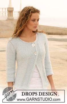"""DROPS jacket in """"Symphony"""" with ¾ sleeves, wide front bands and rolling edges. Size S – XXXL. ~ DROPS Design"""