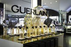 Risultati immagini per visual merchandising perfume