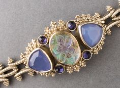 Stephen Dweck SIGNED 18K Gold Carved Rock Crystal Chalcedony Amethyst Bracelet