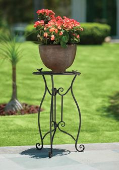Rod iron and talevera tiled table desert backyard oasis - Cosas para el jardin ...