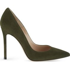 GIANVITO ROSSI Bari suede court shoes (945 AUD) ❤ liked on Polyvore featuring shoes, pumps, heels, green, high heel pumps, suede pumps, pointed toe high heel pumps, pointy-toe pumps and suede pointy toe pumps