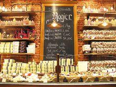 shop display and shelving