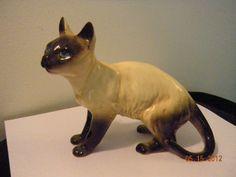 Siamese Cat Figurine England Vintage