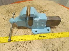 Yost-Mfg-104-4-Brass-Jaw-Machinist-Vise-Stationary-Base-Opens-to-7