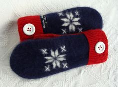 Handcrafted Sweater Mittens Snowflake by miraclemittens on Etsy, $38.00
