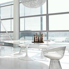 Warren Platner Arm Chairs with Saarinen Pedestal Table