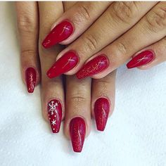 Nails gel by Ego Studio #apreciemfrumuseteaimpartasimzambete