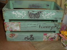 Cajon Decoupage Wood, Decoupage Vintage, Shabby Vintage, Arte Pallet, Pallet Art, Wood Crates, Wooden Boxes, Painted Furniture, Diy Furniture