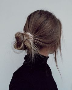 Messy Hairstyles, Pretty Hairstyles, Casual Hairstyles For Long Hair, Daily Hairstyles, Back To School Hairstyles, Bandana Hairstyles, Hair Inspo, Hair Inspiration, Aesthetic Hair
