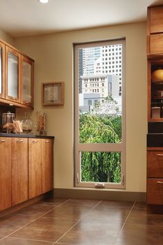 A picture window over awning windows adds a view and ventilation to a narrow space. Contemporary Windows, Modern Windows, Small Windows, Windows And Doors, Vinyl Windows, Window Above Door, Window Sill, Small Space Living, Small Spaces