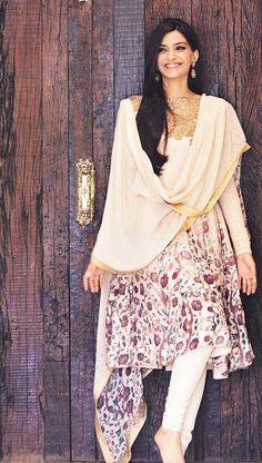 Unseen Sonam Kapoor Pic