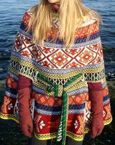 VK is the largest European social network with more than 100 million active users. Poncho Outfit, Plus Size Outerwear, Fair Isle Knitting, Knit Fashion, Casual Fall, Crochet Lace, Clothing Patterns, Bohemian Style, Autumn Fashion