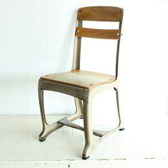 Vintage chair - kids chair - school chair - childs chair - kiddie chair - photo prop - wood - metal - American Seating - Envoy - light brown on Etsy, $24.50