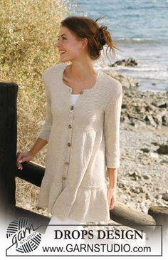 """Knitted DROPS jacket in """"Bomull-Lin"""" with wide flounce border and yoke in garter st. Size S-XXXL. ~ DROPS Design"""