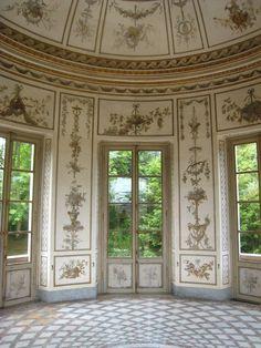 Marie-Antoinette's Salle de Musique  ...Palais de Versailles, Versailles, Ile de France, France...  From...  http://a-l-ancien-regime.tumblr.com/post/13213275818/marie-antoinettes-salle-de-musique-palais-de