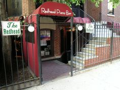 Redhead Piano Bar is a piano bar in river north. Open until 4am daily with no cover charge. #redheadpianobar #chicago #rivernorth