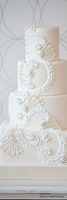Wedding Vintage Cake Lace New Ideas White Wedding Cakes, Unique Wedding Cakes, Beautiful Wedding Cakes, Wedding Cake Designs, Beautiful Cakes, Cupcake Icing, Cupcakes, Cupcake Cakes, Irish Wedding