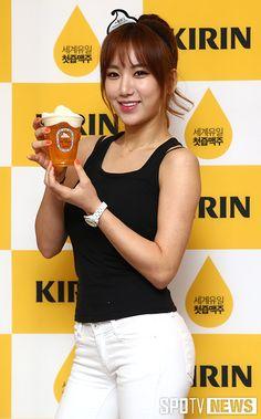 [포토S] 예정화 '미녀와 맥주 한 잔' – SPOTV NEWS