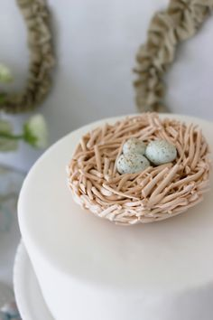 Cake Topper with Fondant Nest and Eggs - see more of the #Bird #Wedding Trend at this Pinterest Board